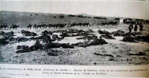 Cadáveres de españoles y caballos.